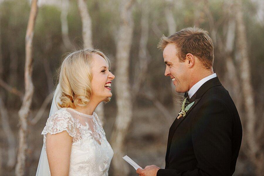 foto-matrimonio-virale-australia-terreni-aridi-beneficenza-edwina-robertson-11