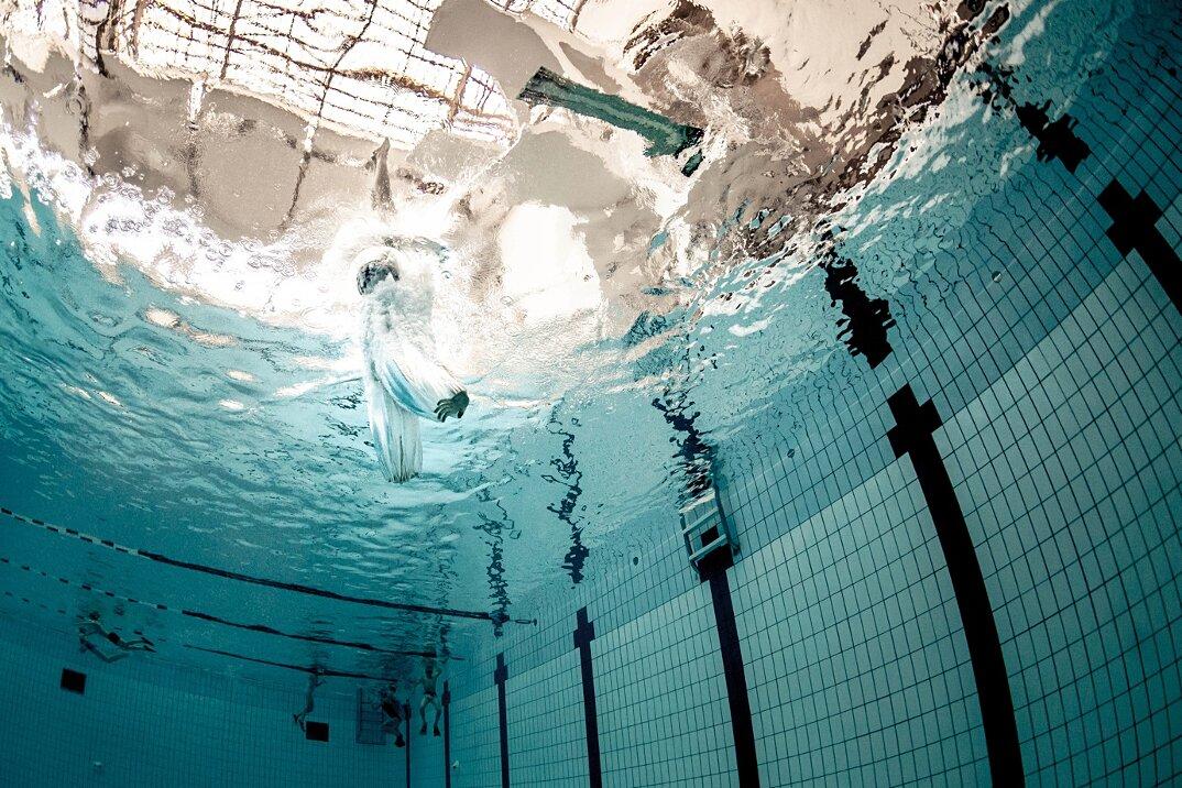 fotografia-subacquea-piscina-alex-voyer-roubaud-10