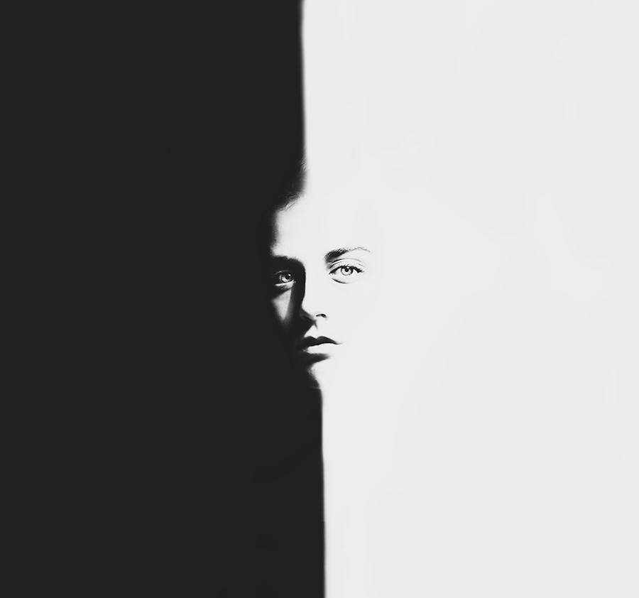 fotografia-surreale-bianco-nero-silvia-grav-03