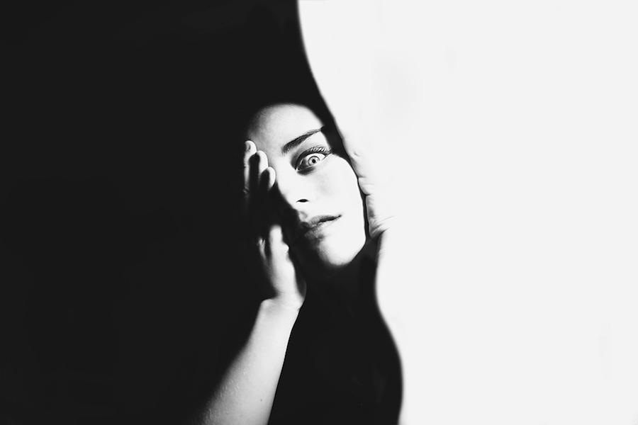 fotografia-surreale-bianco-nero-silvia-grav-05