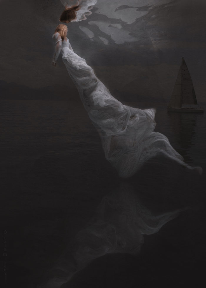 fotografia-surreale-donne-acqua-lola-mitchell-04