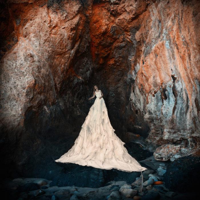 fotografia-surreale-donne-acqua-lola-mitchell-12