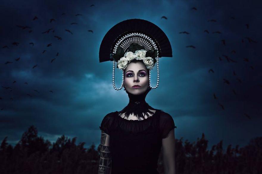 fotografia-surreale-donne-dee-goddesses-karolina-ryvolova-4