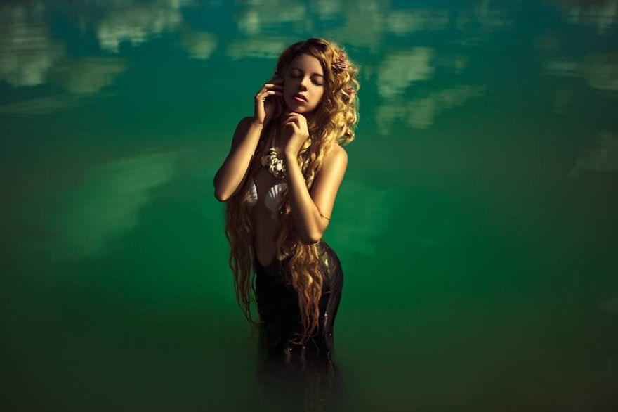 fotografia-surreale-donne-dee-goddesses-karolina-ryvolova-5