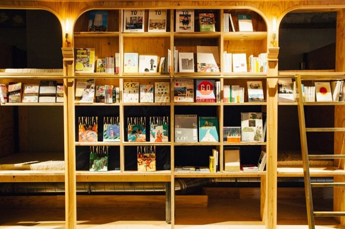 hotel-a-tema-libri-tokyo-ostello-book-and-bed-hostel-05
