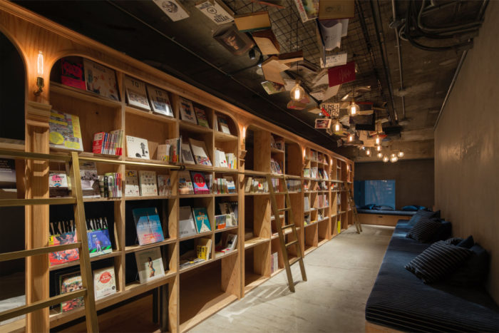 hotel-a-tema-libri-tokyo-ostello-book-and-bed-hostel-14