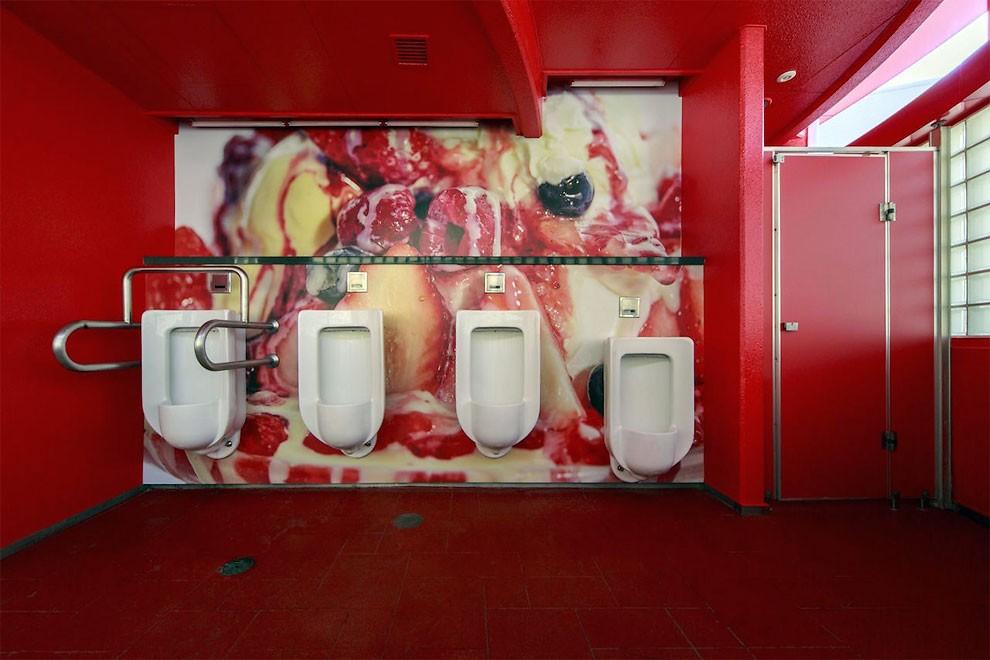 installazione-arte-gabinetto-pubblico-dessert-giappone-melting-dream-minako-nishiyama-oita-toilennale-2