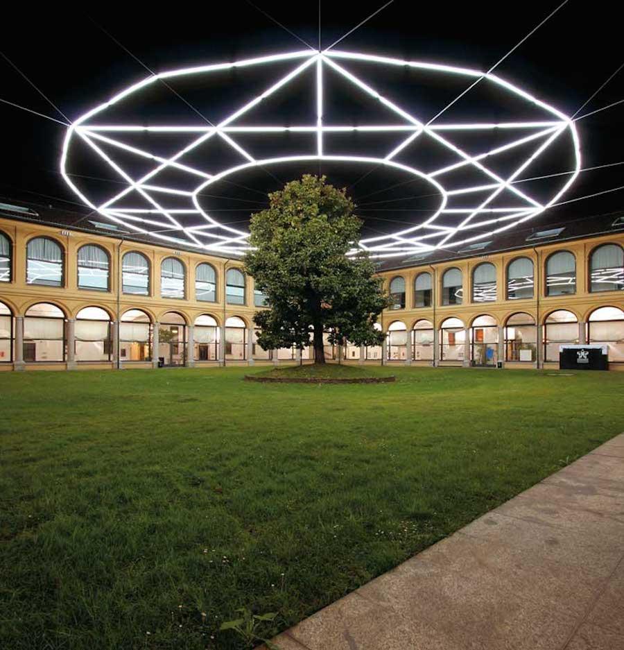 installazioni-arte-neon-luci-massimo-uberti-3
