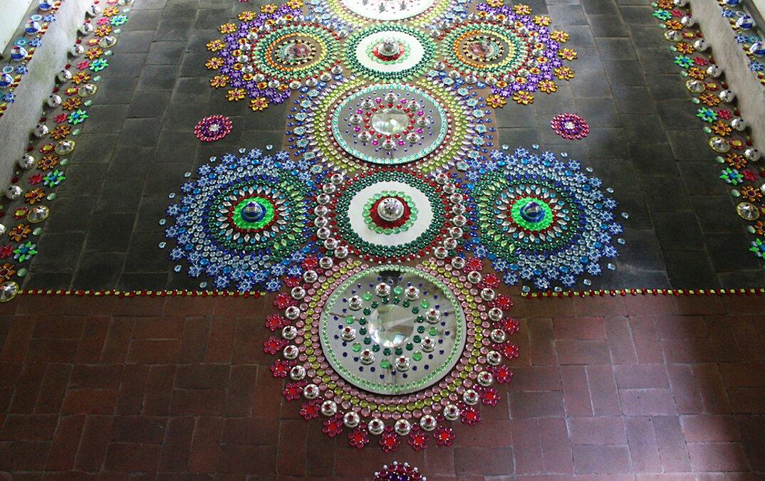 installazioni-decorazioni-colorate-illusione-ottica-suzan-drummen-03