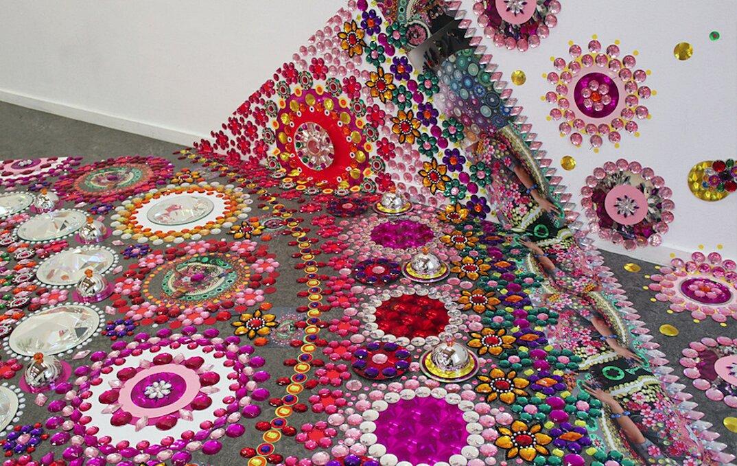 installazioni-decorazioni-colorate-illusione-ottica-suzan-drummen-10