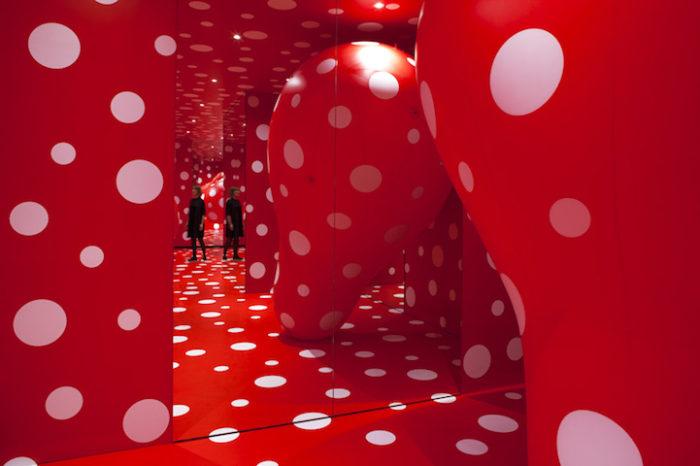 installazioni-mostra-retrospettiva-yayoi-kusama-danimarca-arte-09