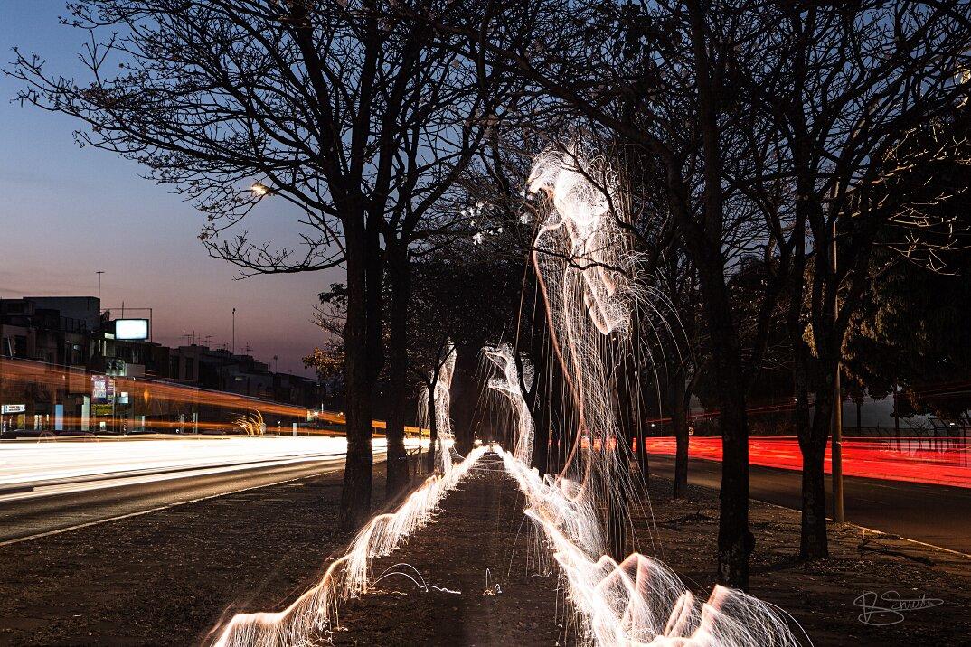 light-painting-fotografia-lunga-esposizione-vitor-schietti-3