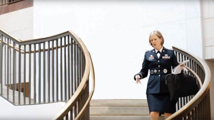 parità-uomini-donne-politica-video-elle-uk-06