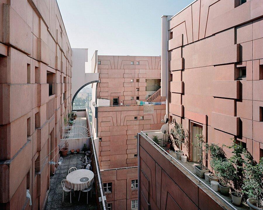 periferia-parigi-architettura-laurent-kronental-01