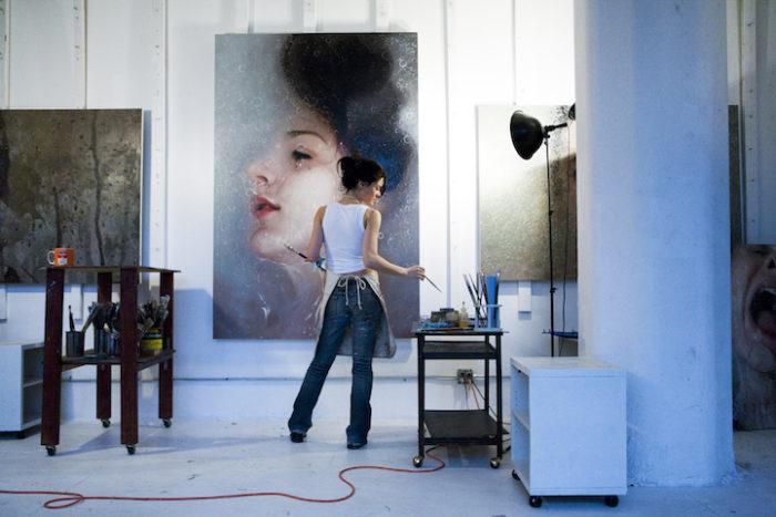 pittura-iperrealista-alyssa-monks-07