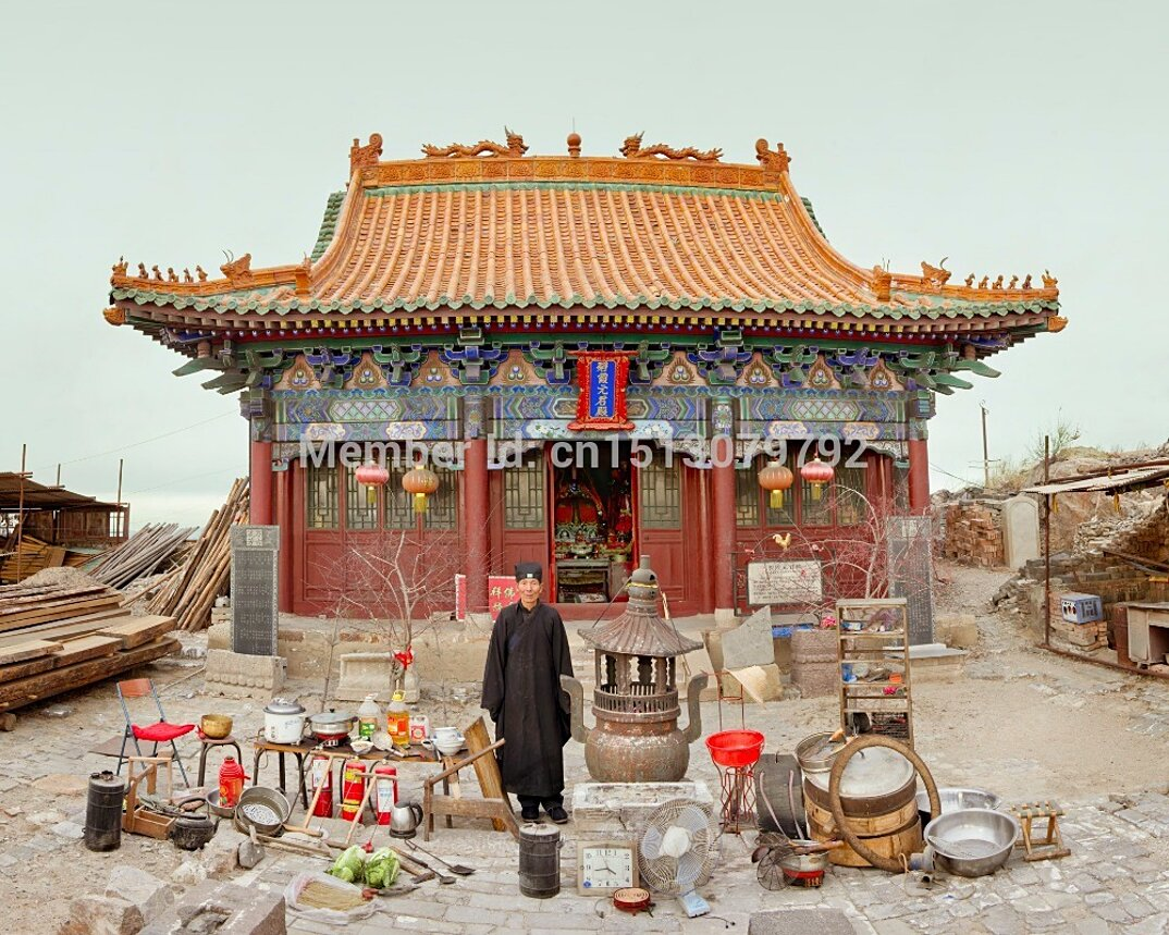 ritratti-famiglie-cina-beni-fuori-casa-fotografia-huang-qingjun-06-keb