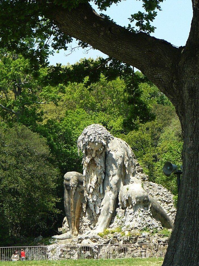 scultura-gigante-giambologna-colosso-appennino-firenze-villa-demidoff-02