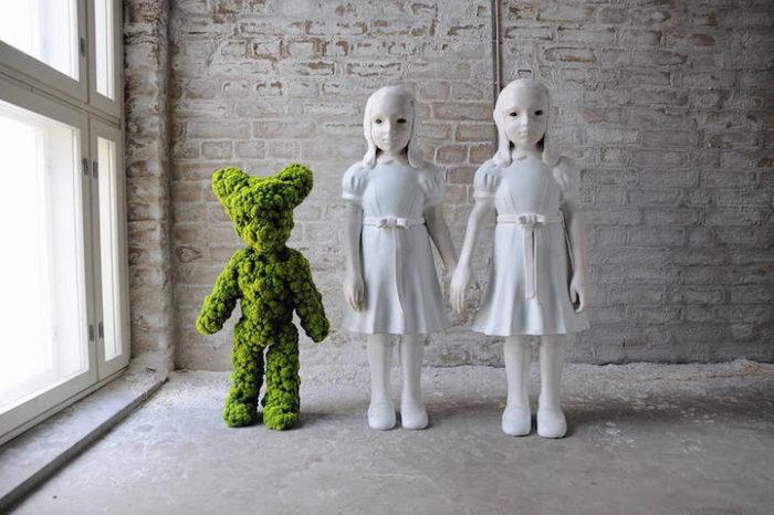sculture-ceramica-muschio-moss-people-kim-simonsson-5