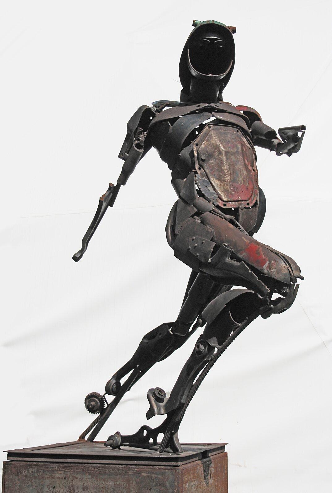 sculture-metallo-riciclato-patrick-alo-09