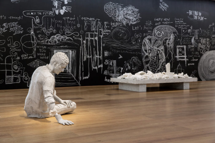 sculture-reperti-archeologici-futuro-fictional-archeology-daniel-arsham-01