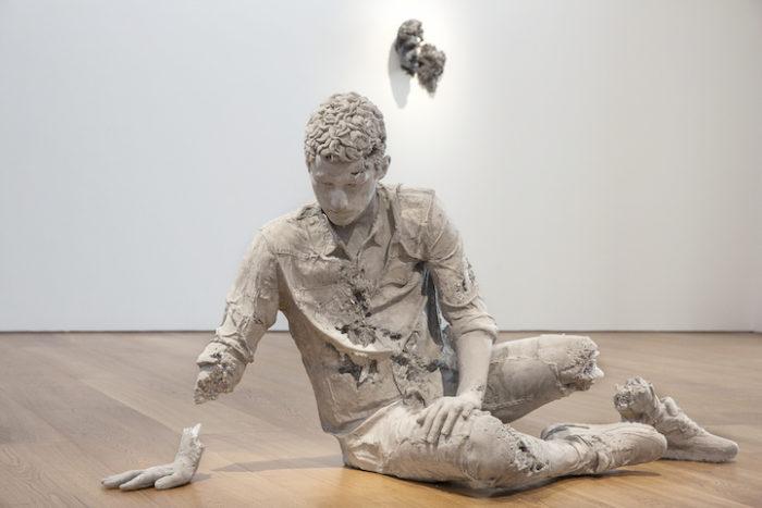 sculture-reperti-archeologici-futuro-fictional-archeology-daniel-arsham-03
