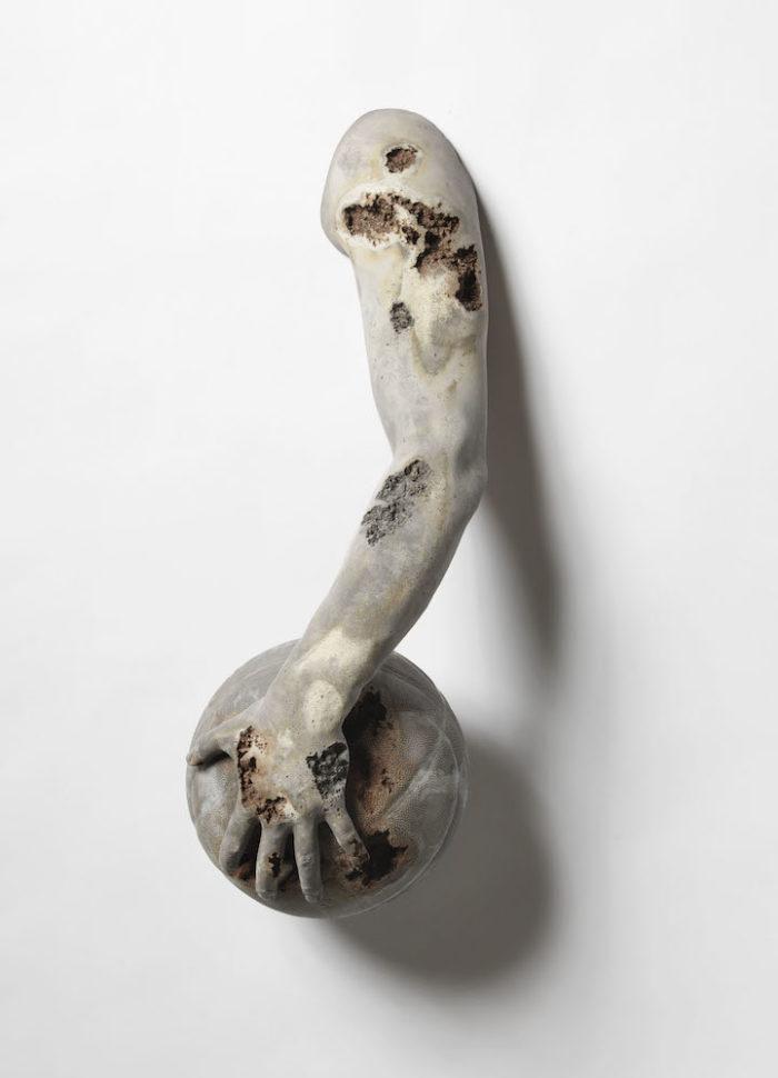 sculture-reperti-archeologici-futuro-fictional-archeology-daniel-arsham-08