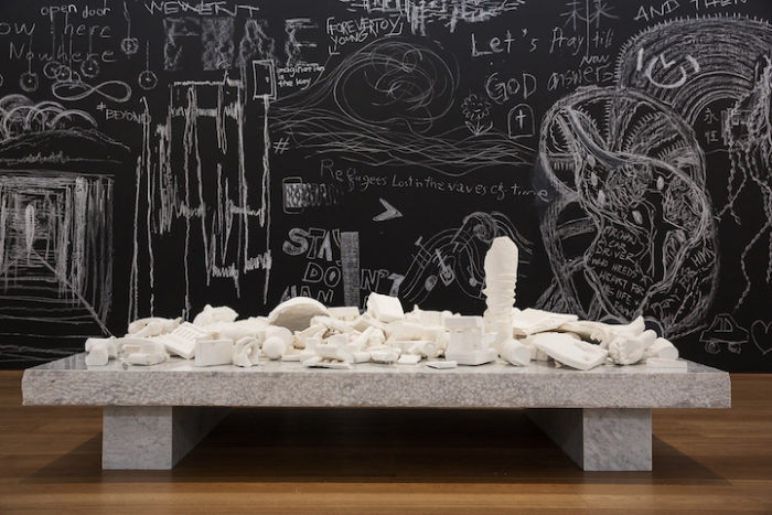 sculture-reperti-archeologici-futuro-fictional-archeology-daniel-arsham-11