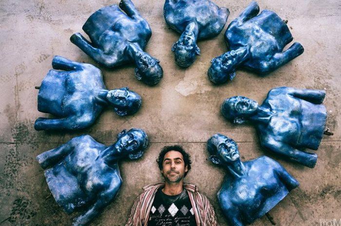 sculture-uomini-blu-cambiamenti-climatici-arte-pedro-marzorati-10