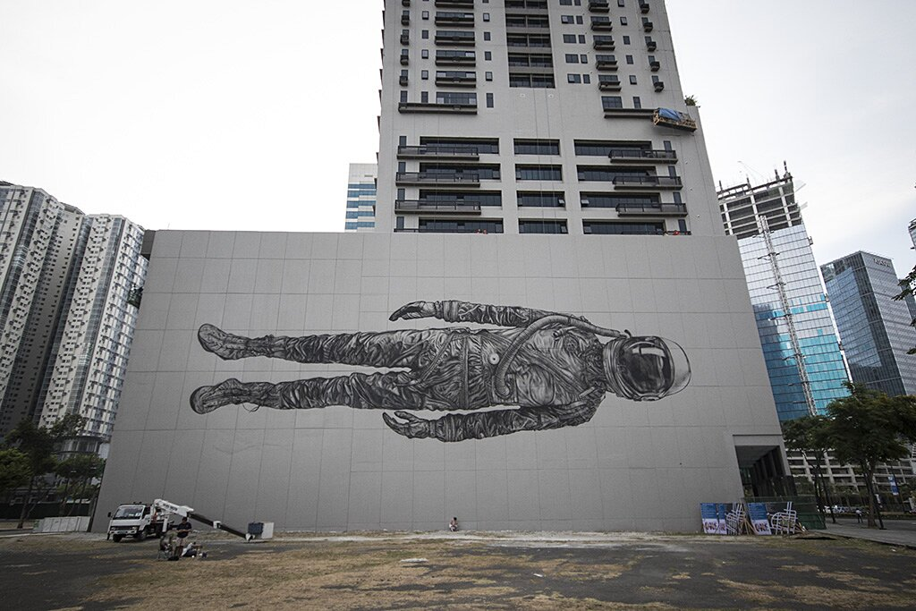 street-art-astronauta-between-the-lines-cyrcle-12
