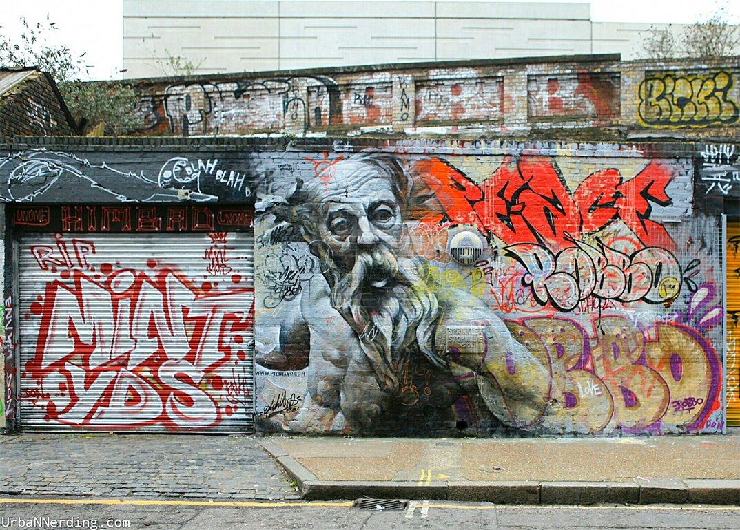 street-art-graffiti-dei-greci-pichi-e-avo-4