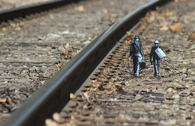 street-art-miniature-legno-joe-iurato-14