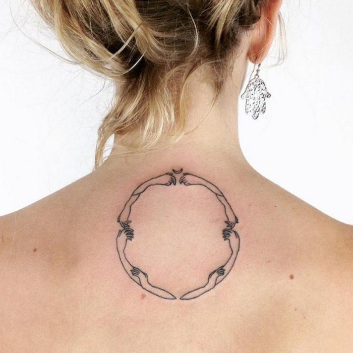tatuaggi-minimalisti-mistici-astrologia-tatiana-kartomten-02