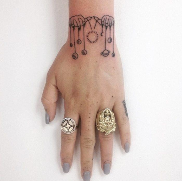 tatuaggi-minimalisti-mistici-astrologia-tatiana-kartomten-18