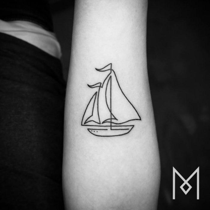 tatuaggi-minimalisti-una-linea-mo-ganji-10