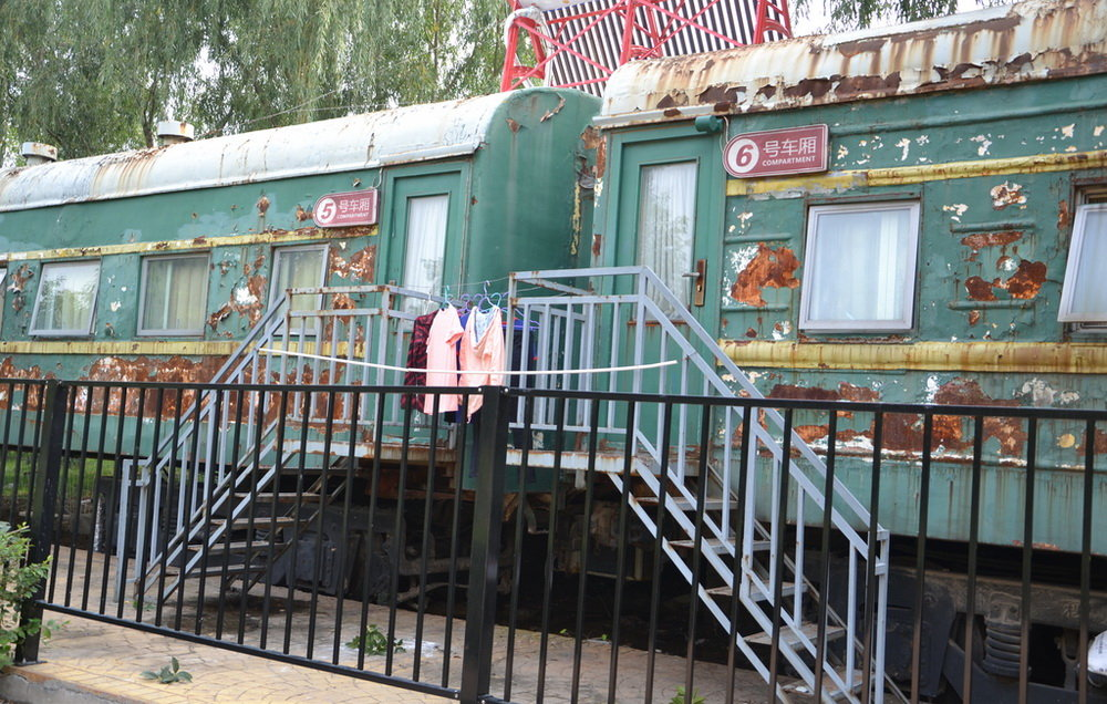 treno-abbandonato-casa-studenti-dormitorio-cina-zhengzhou-6