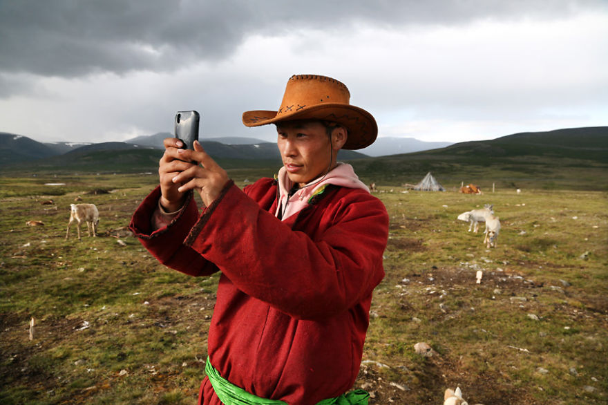 tsaatan-popolo-nomadi-mongolia-renne-11
