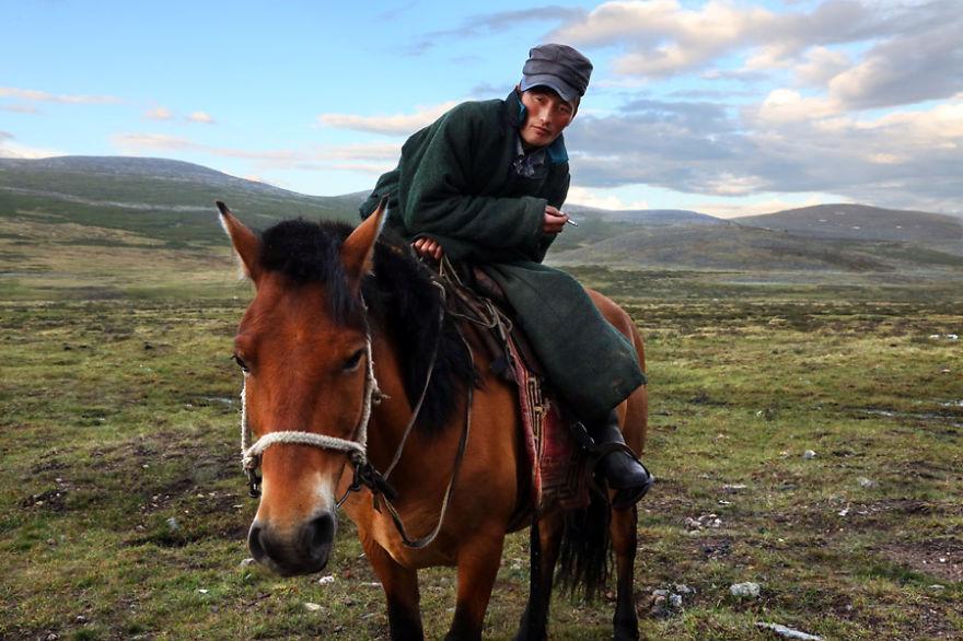 tsaatan-popolo-nomadi-mongolia-renne-19