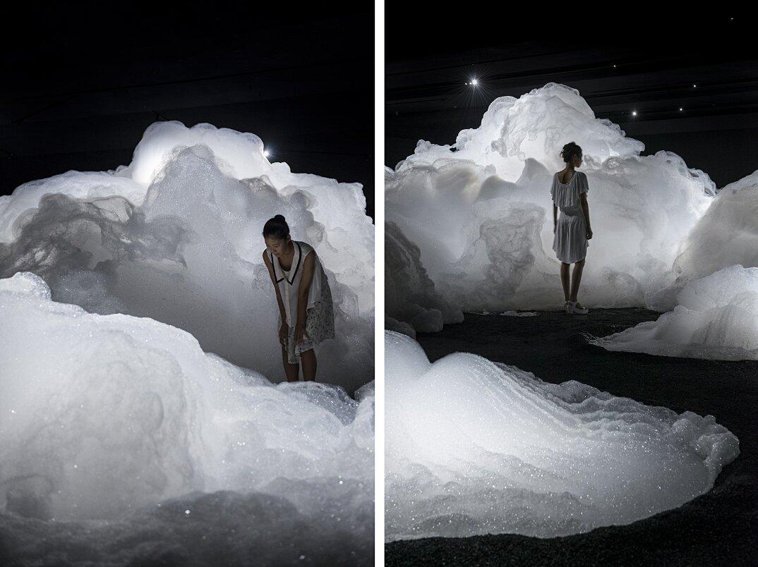 arte-installazione-nuvole-schiuma-kohei-nawa-4