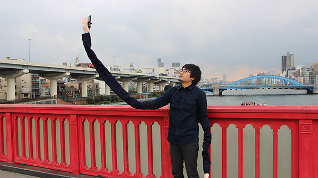 asta-selfie-stick-braccio-giappone-1