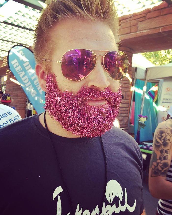 barba-brillantini-moda-natale-instagram-12