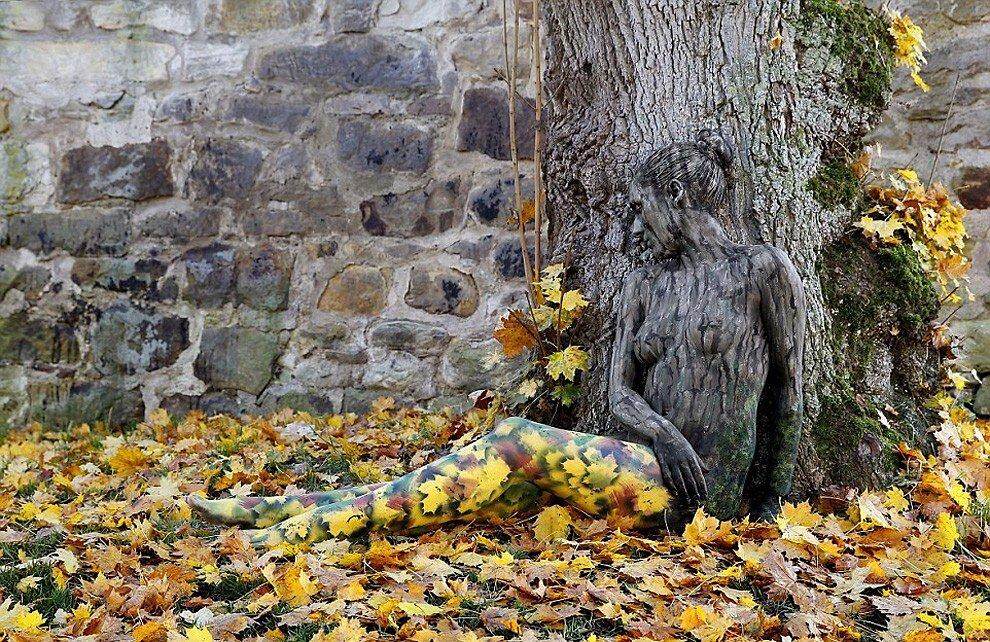 body-art-corpo-nudo-mimetizzato-natura-jorg-dusterwald-2