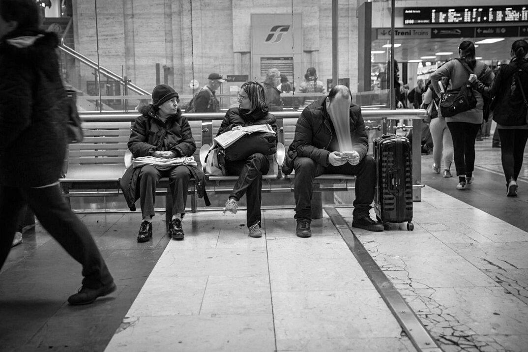 dipendenza-cellulari-social-network-smartphone-fotografia-max-cavallari-04