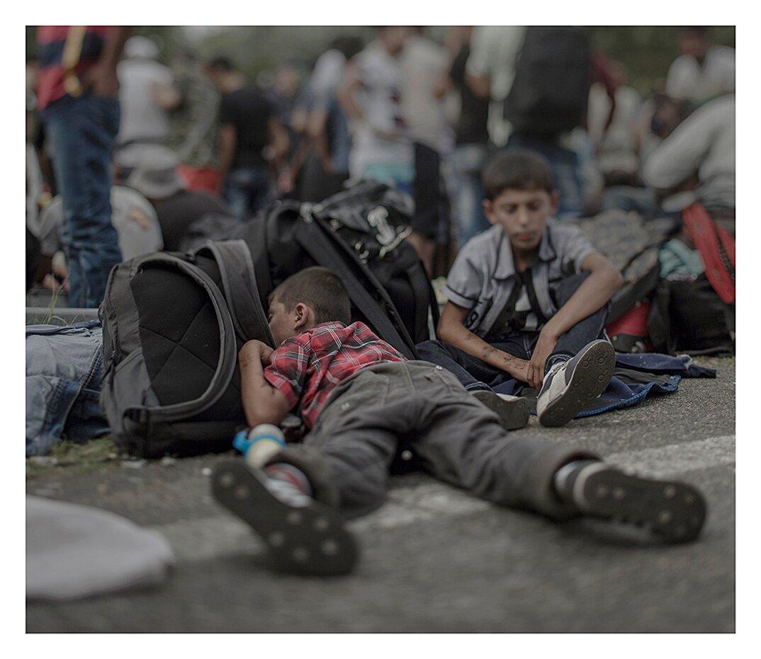 fotografia-dove-dormono-bambini-rifugiati-siriani-magnus-wennman-03