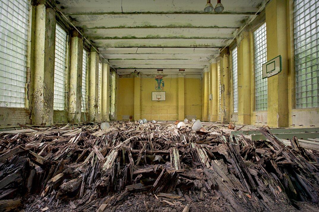 fotografia-luoghi-abbandonati-unione-sovietica-soviet-ghosts-rebecca-bathory-12
