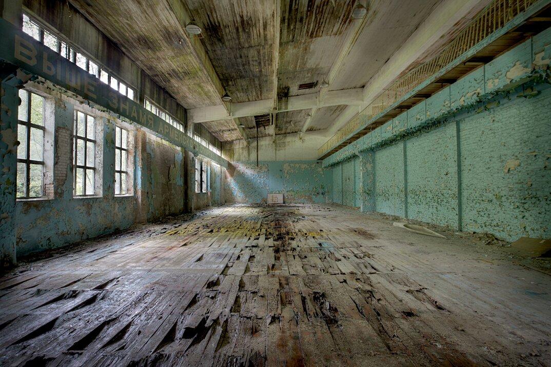 fotografia-luoghi-abbandonati-unione-sovietica-soviet-ghosts-rebecca-bathory-14