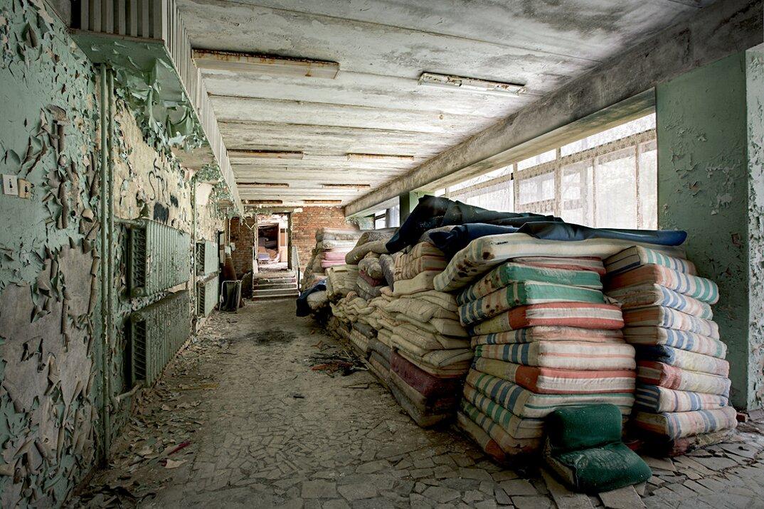 fotografia-luoghi-abbandonati-unione-sovietica-soviet-ghosts-rebecca-bathory-18