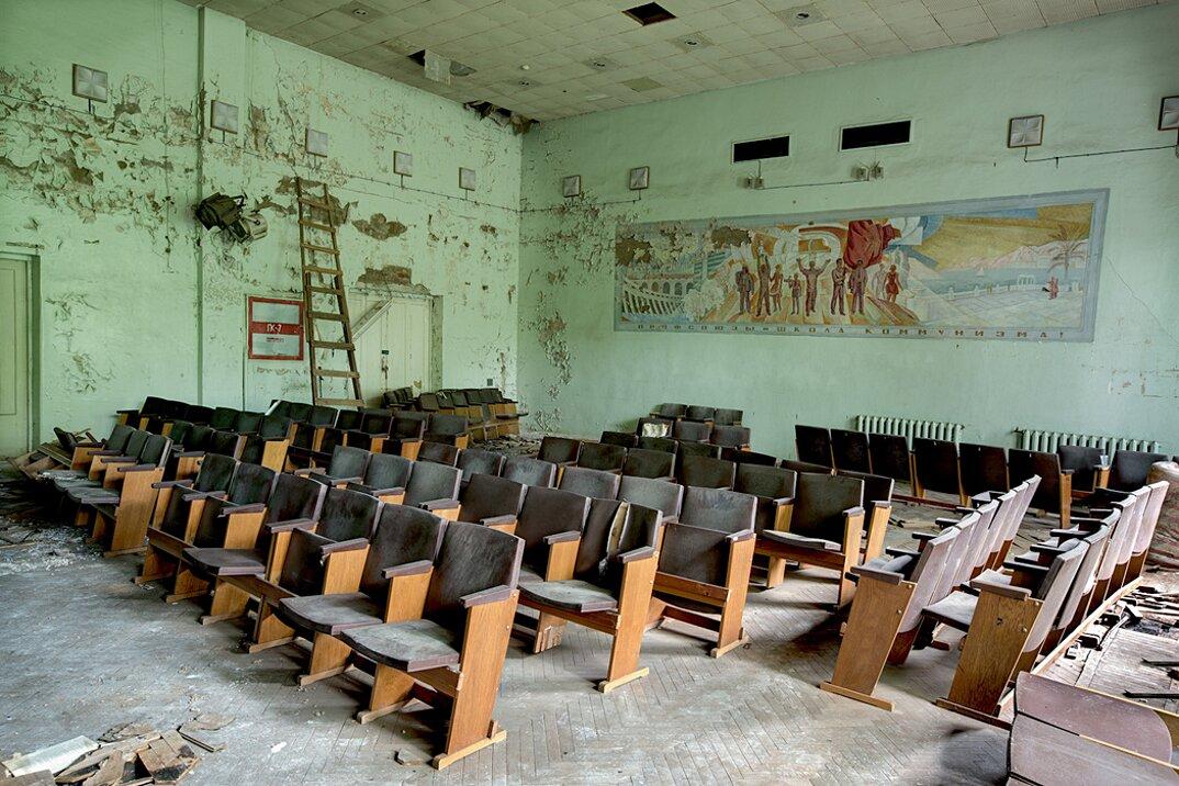 fotografia-luoghi-abbandonati-unione-sovietica-soviet-ghosts-rebecca-bathory-19