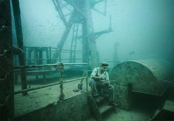 fotografia-surreale-sotto-acqua-15