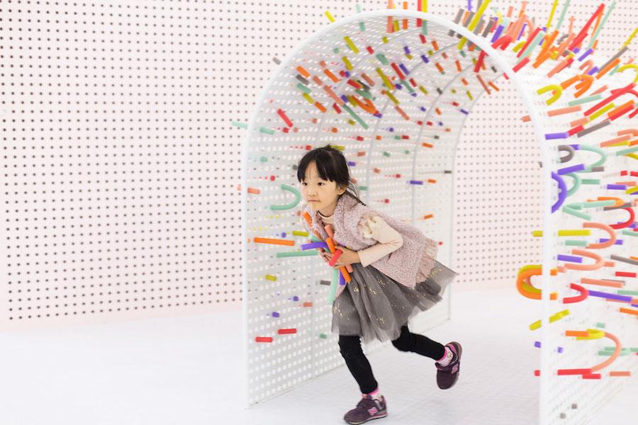installazione-interattiva-bambini-tubo-kids-mathery-16