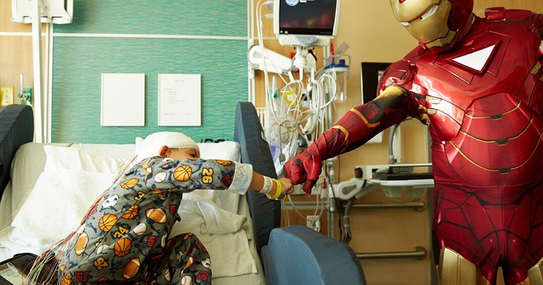 lavavetri-supereroi-ospedale-pediatrico-san-francisco-07